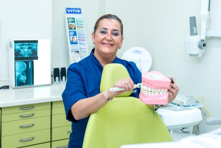 Encarnación Ruiz Rodríguez, dentistas Sevilla