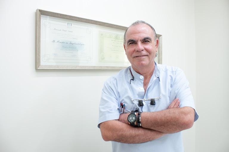 Fernando Vidal Nadal, dentistas Sevilla